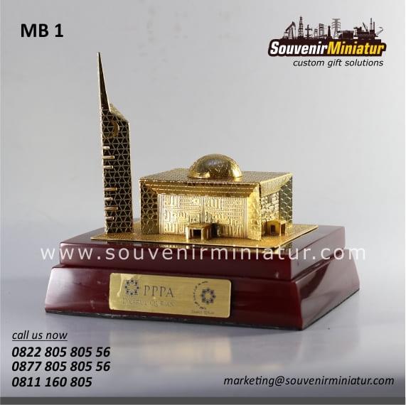 souovenir miniatur bangunan masjid elegan