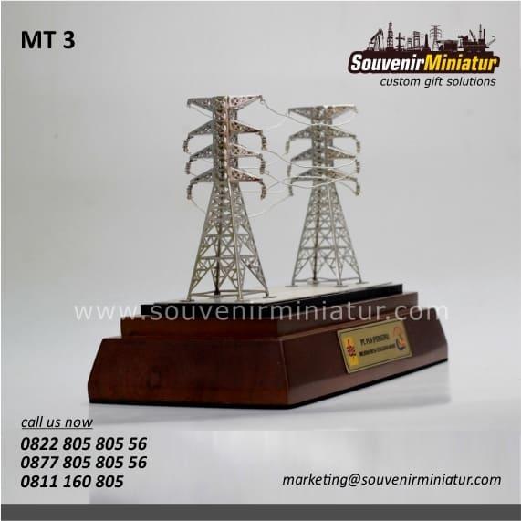 souvenir miniatur tower sutet