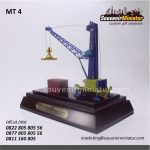 Souvenir Miniatur Crane Berkualitas