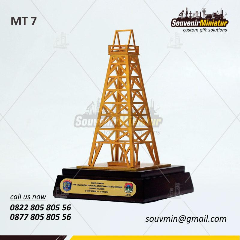souvenir miniatur tower kenang-kenangan