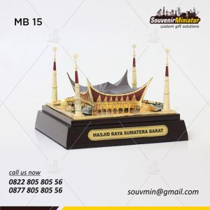 Miniatur Bangunan Masjid Raya Sumatera Barat - Souvenir Miniatur Custom