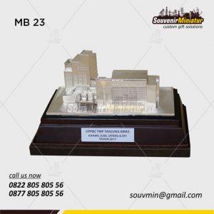 Souvenir Miniatur Bangunan KPPBC Tanjung Emas Kanwil DJBC Jateng DIY