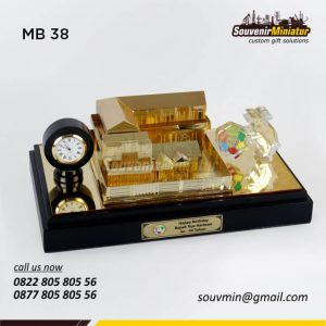Souvenir Miniatur Gedung SSJT Group