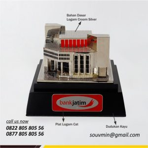 MB40 Miniatur Gedung Bank Jatim