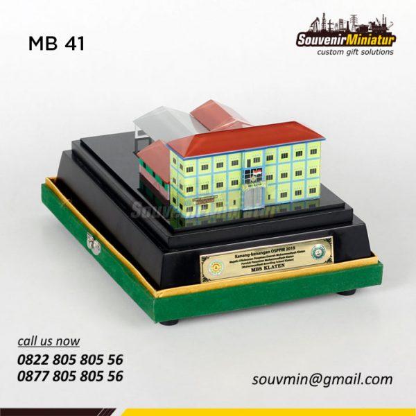 Souvenir Miniatur MBS Klaten