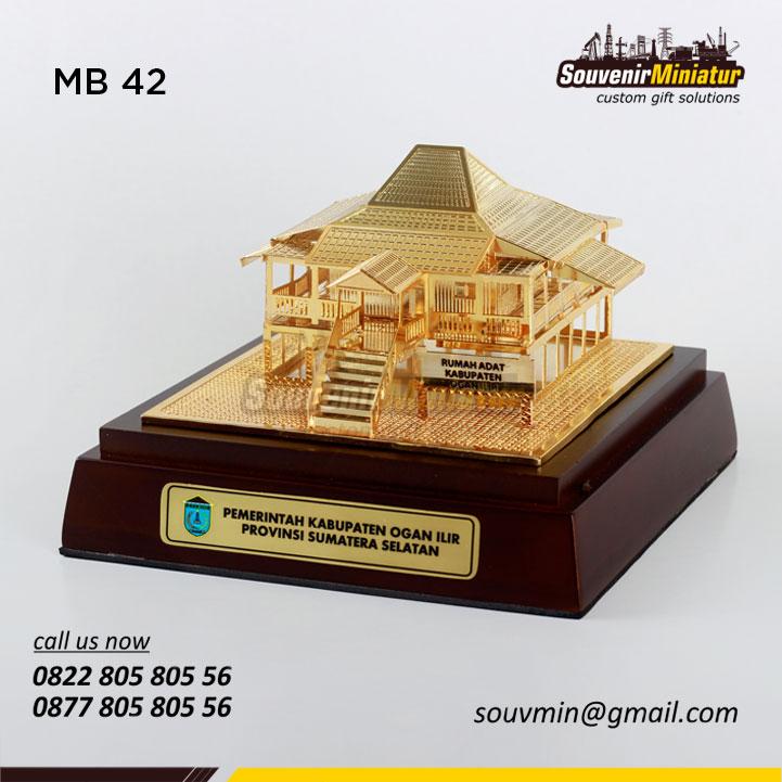 Mb42 Miniatur Rumah Adat Ogan Ilir Sumsel Souvenirminiatur Com
