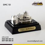 SMC10 Souvenir Miniatur Custom Bulldozer Adaro