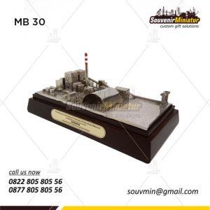 Souvenir Miniatur Bangunan PT PLN B