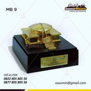 Souvenir Miniatur Gedung MPR Elegan