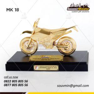 Souvenir Miniatur Motor Trail