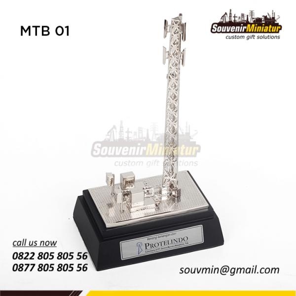 Miniatur Tower BTS Protelindo