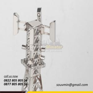 Souvenir Miniatur Tower BTS Centratama