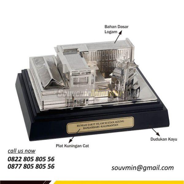 Detail Souvenir Miniatur Rumah Sakit Islam Sultan Agung
