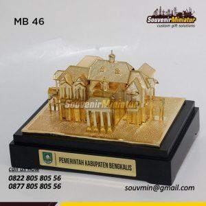 Souvenir Miniatur Wisma Bengkalis