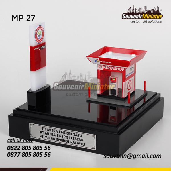 Souvenir Miniatur SPBU Petrashop