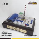Souvenir Miniatur Pertambangan PLTU PAITON