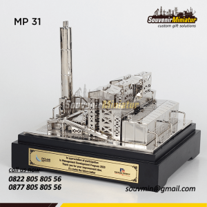 Souvenir Miniatur PLTU Paiton Energi