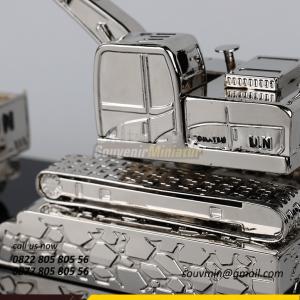 Souvenir Miniatur Kendaraan Truk da