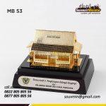 Souvenir Miniatur Bangunan Rumah Adat Betawi