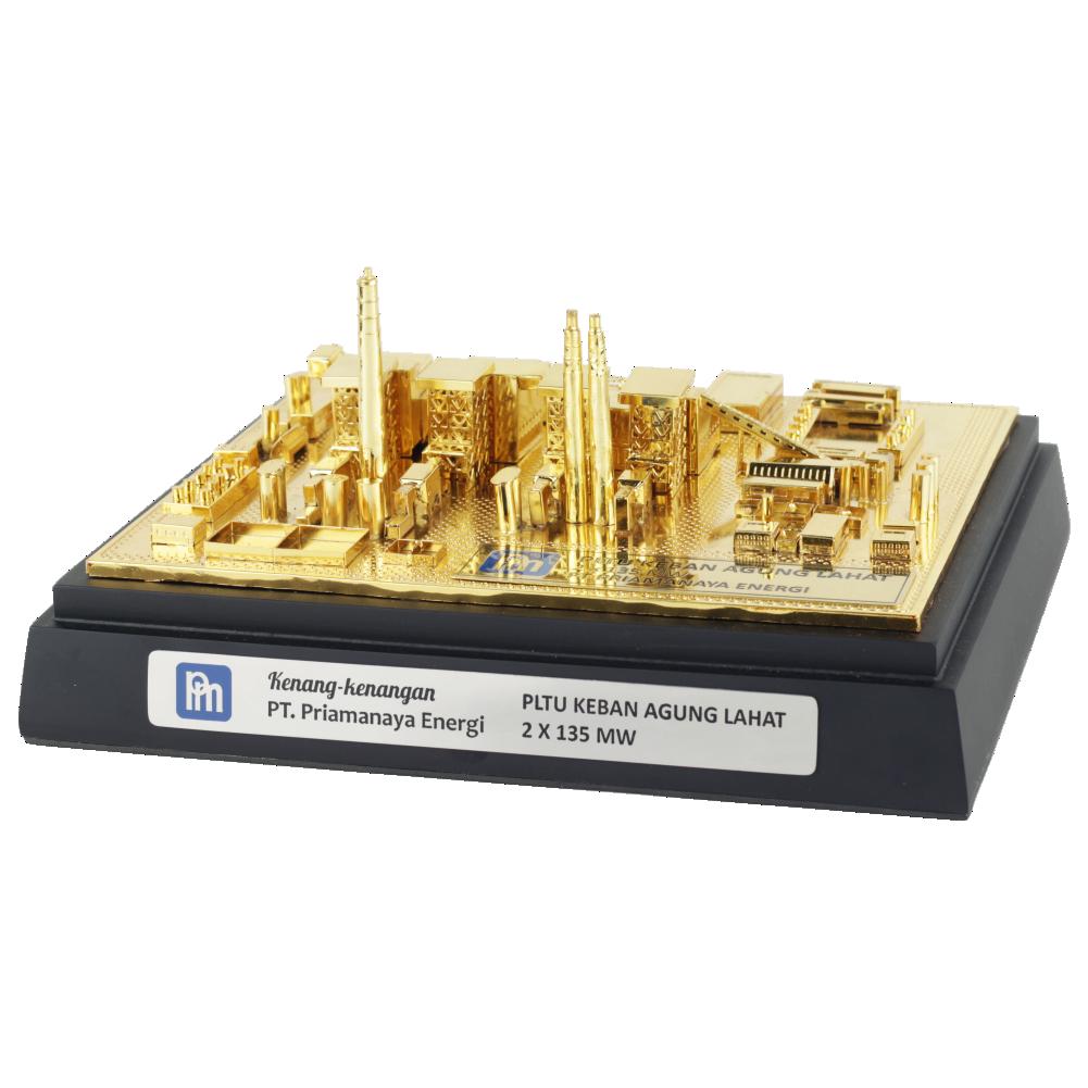 Souvenir Miniatur Pabrik